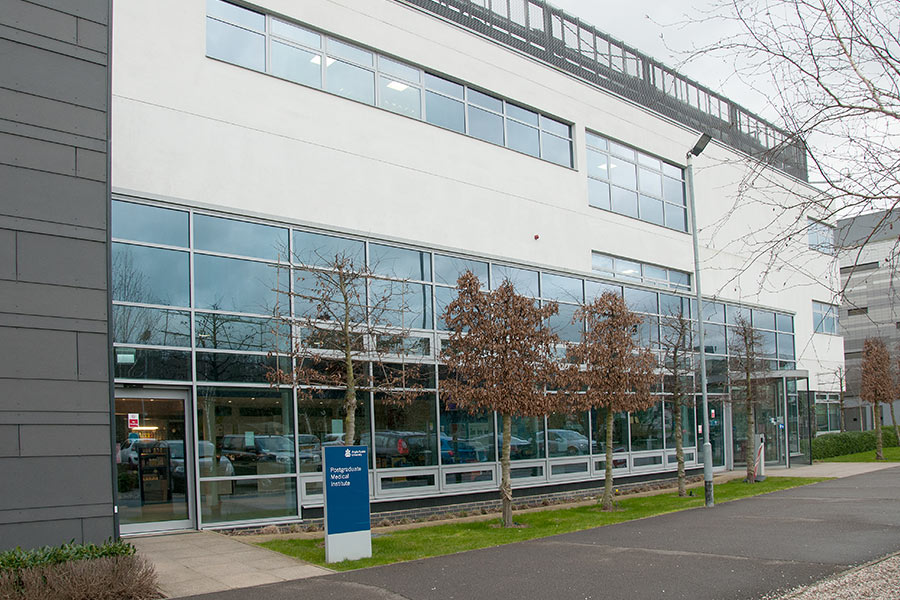 Aluminum Doors - Anglia Ruskin University Install by Syte Architectural
